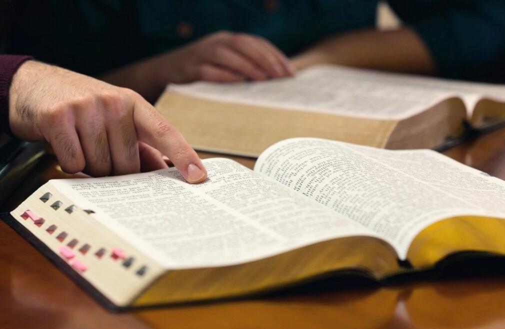 Adult Sunday Seminaries